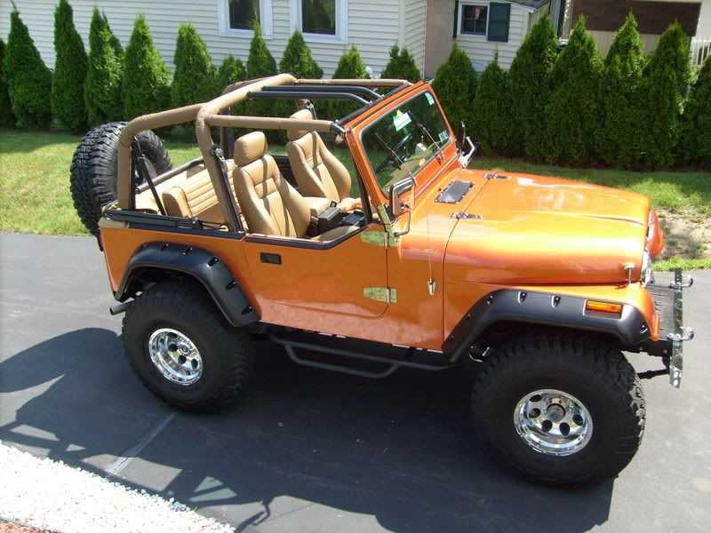 84 Jeep Cj7 With Yj 1 2 Doors Shew Too Many Color Choices I Will Never Decide Orange Jeep Jeep Cj7 Jeep Cj