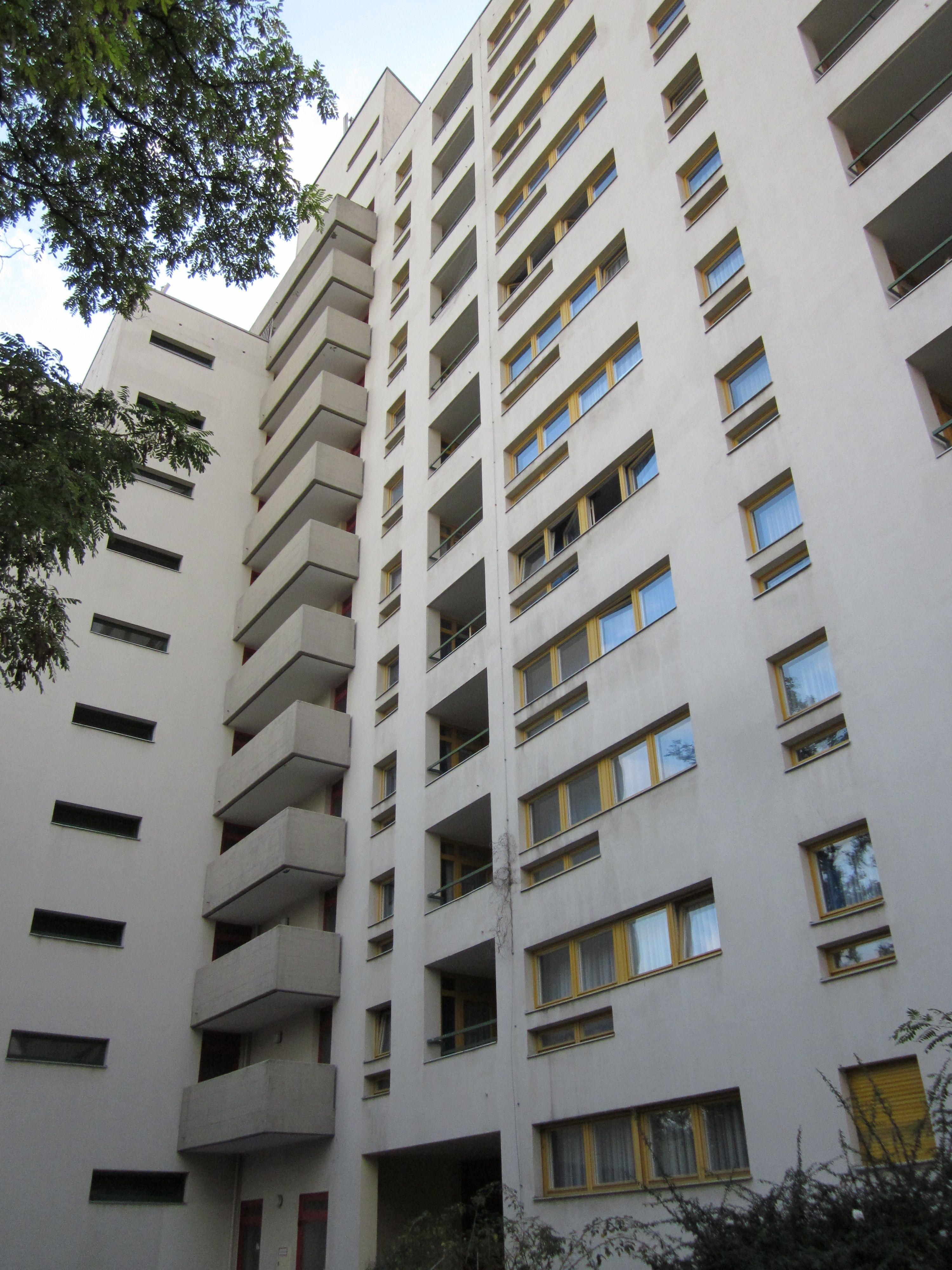 Bauhaus Charlottenburg pin by jannet hill on berlin bauhaus architecture