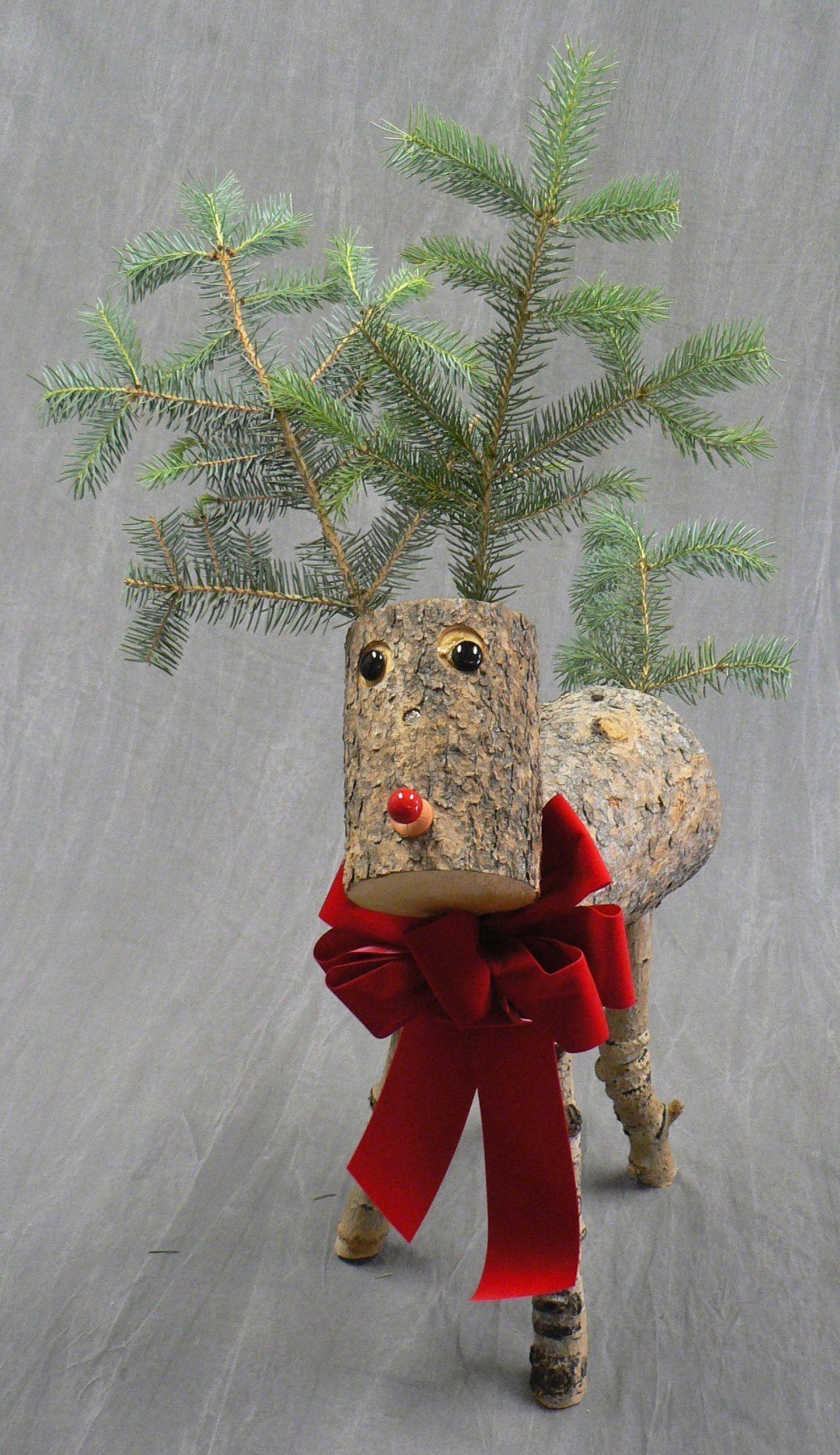Rudi S Cuties Decorative Reindeer Medium Size Flower Wagonin South Elgin Kerst Rendier