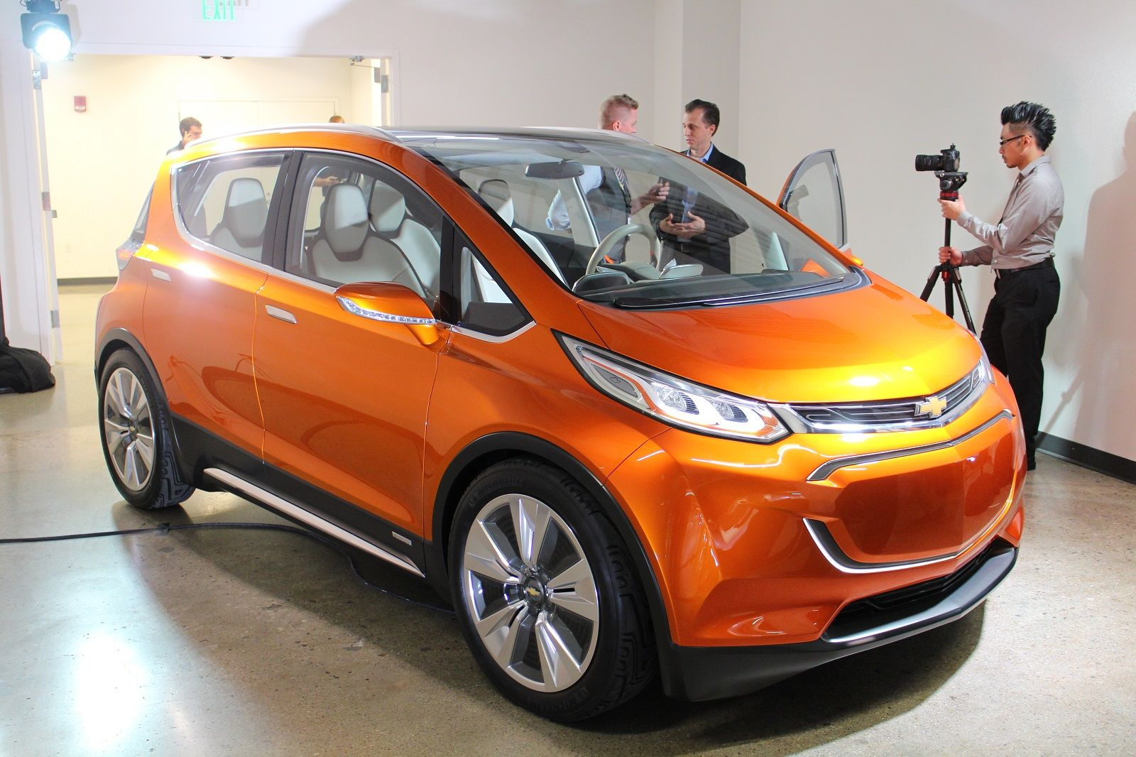 U K To Miss Out On 200 Mile Chevy Bolt Ev Gm S Electric Car For
