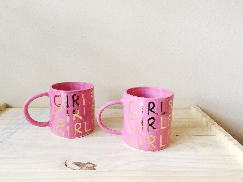GIRLS GIRLS GIRLS - pink ceramic mug - Gold Ceramics de PotteryLodge en Etsy