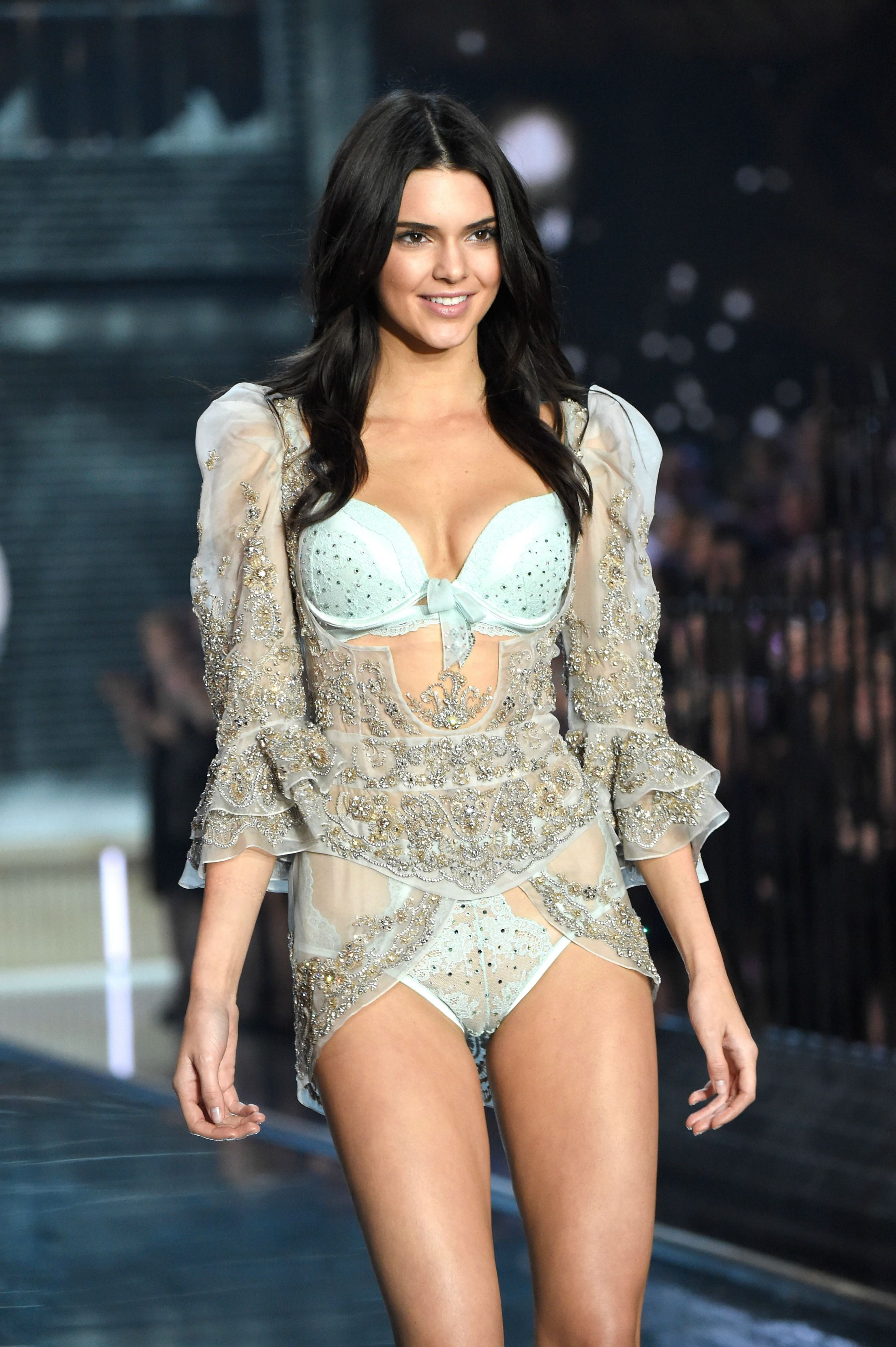 Victoria\u0027s Secret Fashion Show 2015 | Victoria secret, Vs angels ...