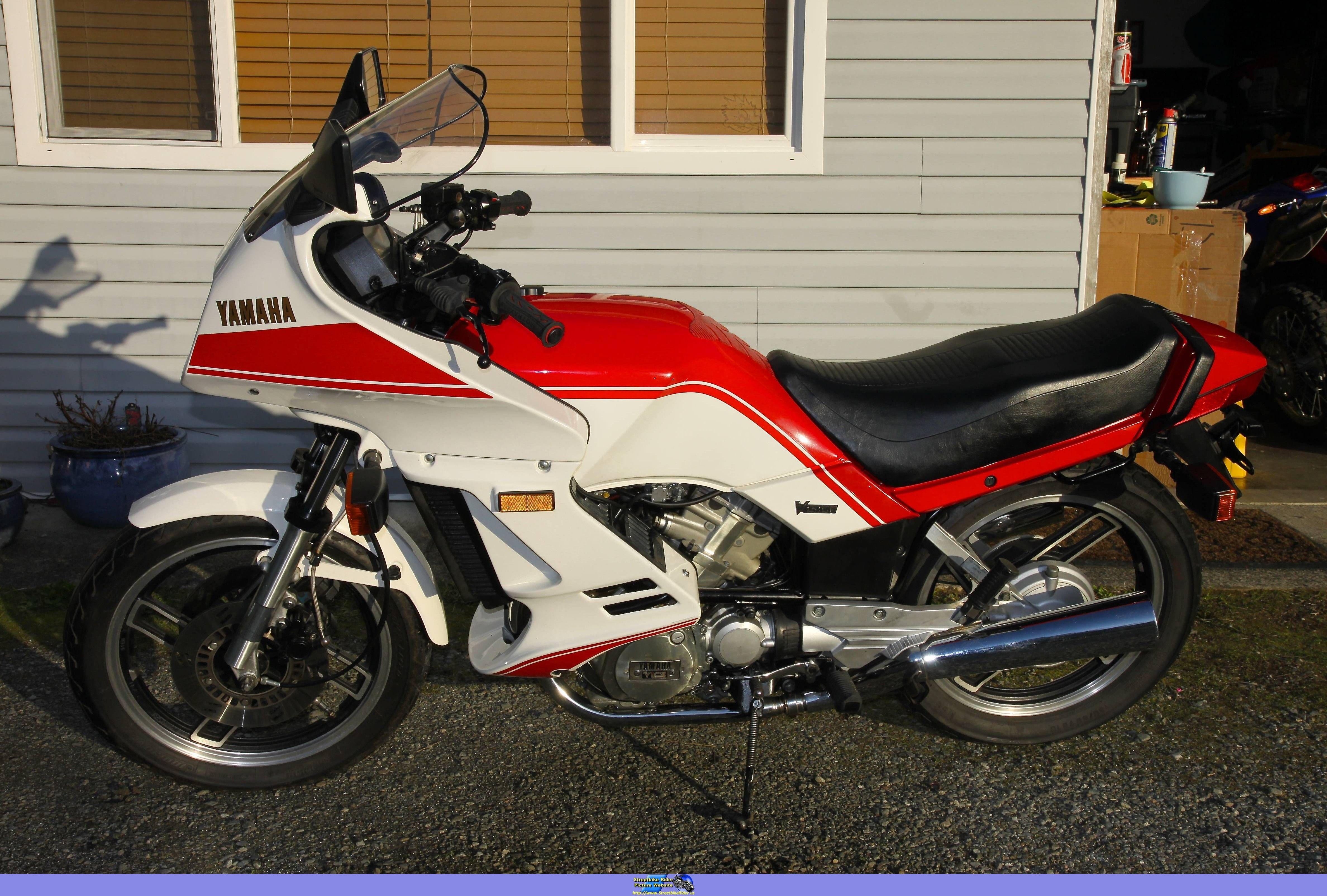 Speed Block style: A Yamaha XZ 550 restomod   Yamaha