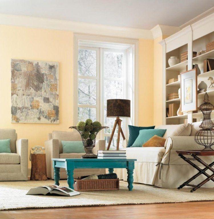 Vintage Wohnzimmer in Weiß mit Kissen in Türkis Einrichtung - wohnzimmer deko in turkis