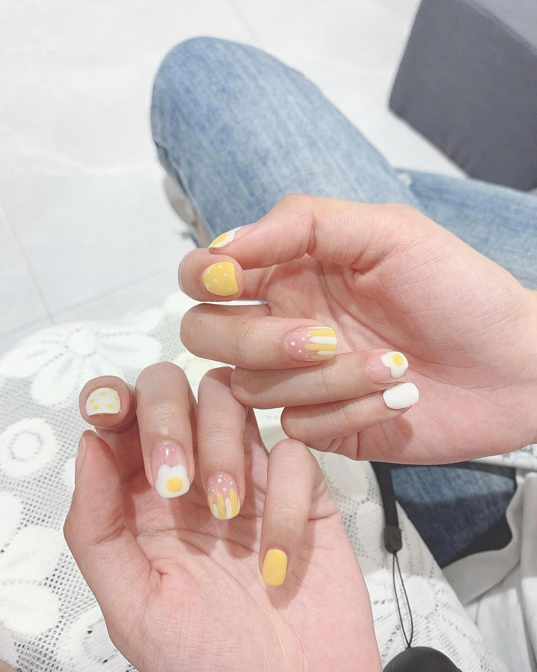 Eggs Nails Are Ruling Spring Summer Nail Art Trends