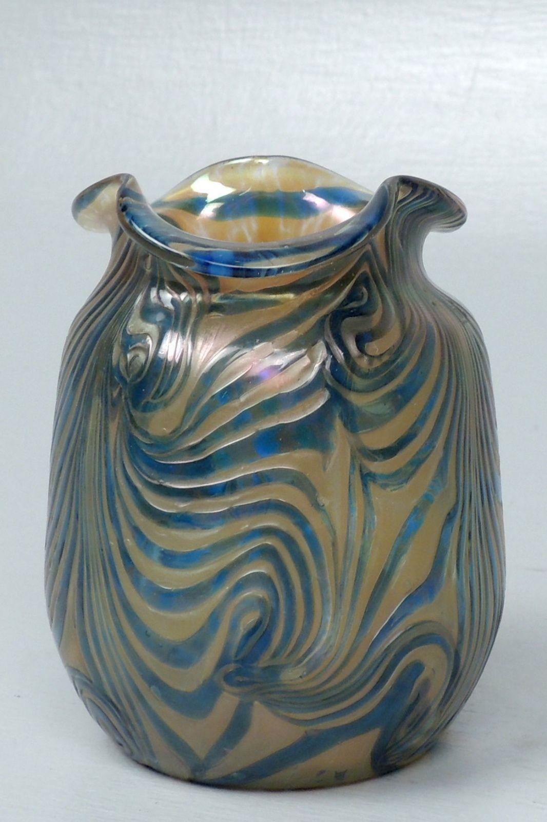 Antique Kralik Blue On Gold Art Gl Vase Pulled Feather King Tut Loetz