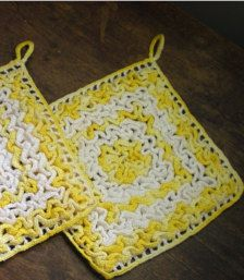 Pot Holders & Trivets in Kitchen - Etsy Home & Living