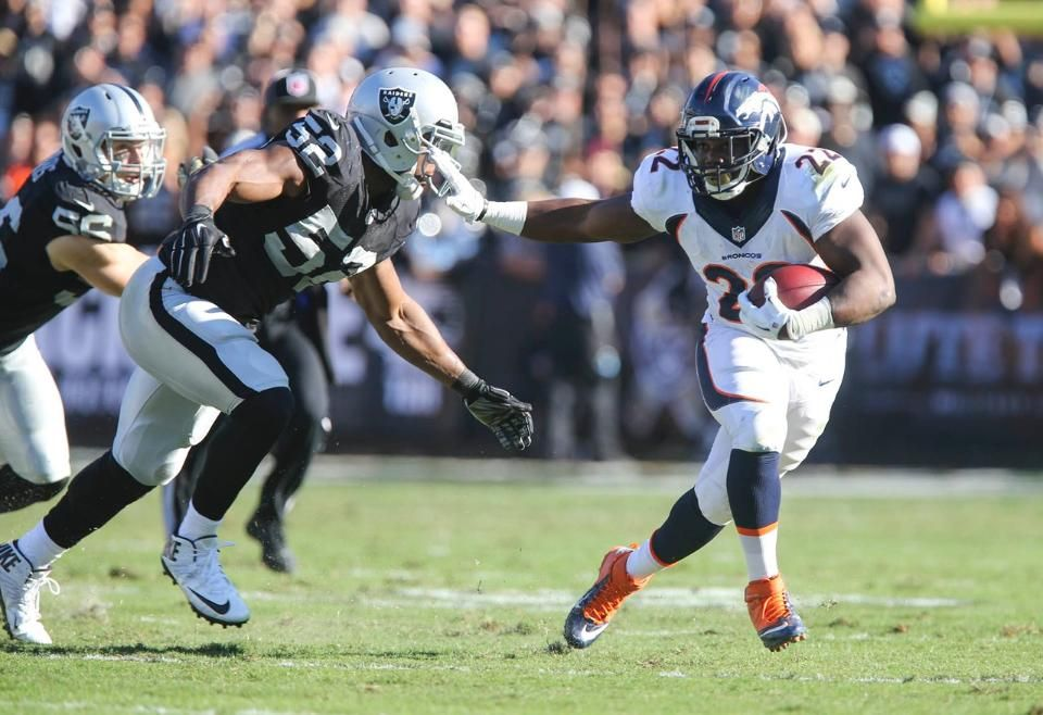 In Game Photos Broncos Raiders Broncos Broncos Vs Raiders Broncos Raiders