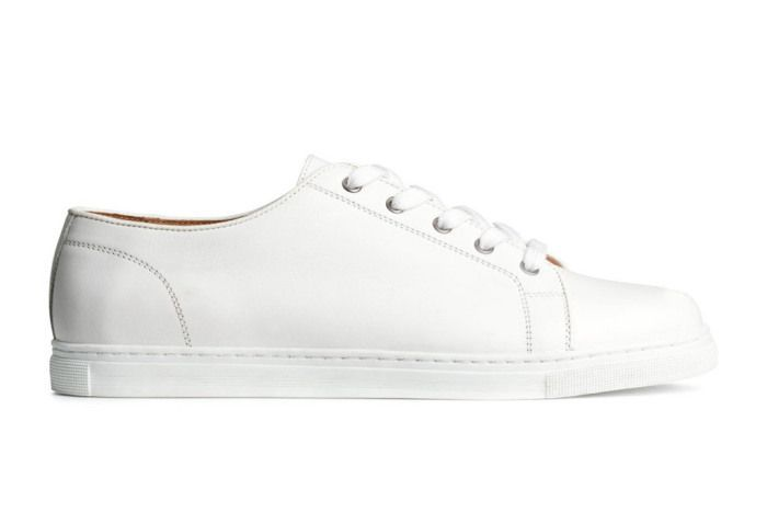 budget white sneakers