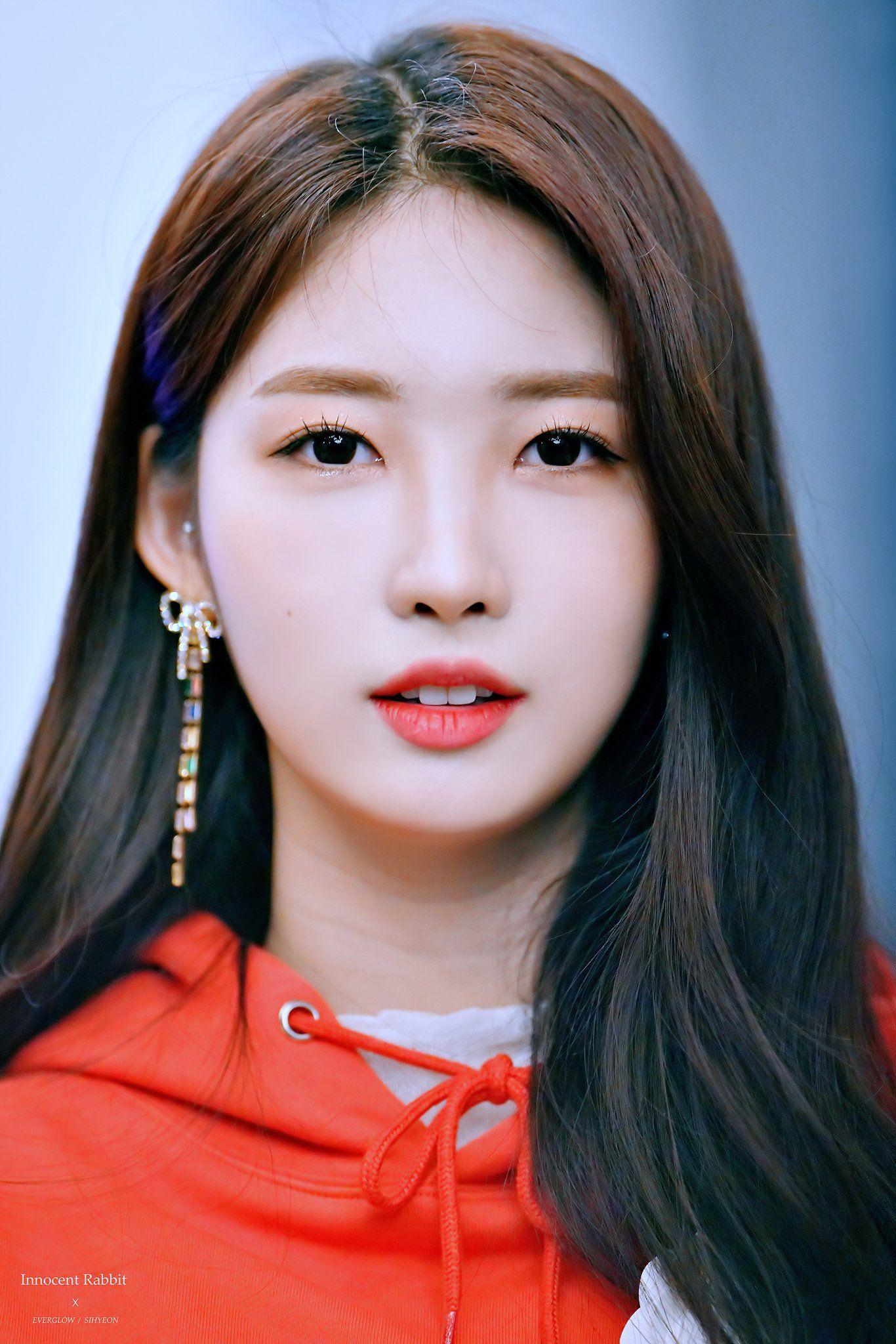 Innocent Rabbit On Twitter Kpop Girls Kpop Girl Groups Singer Fashion