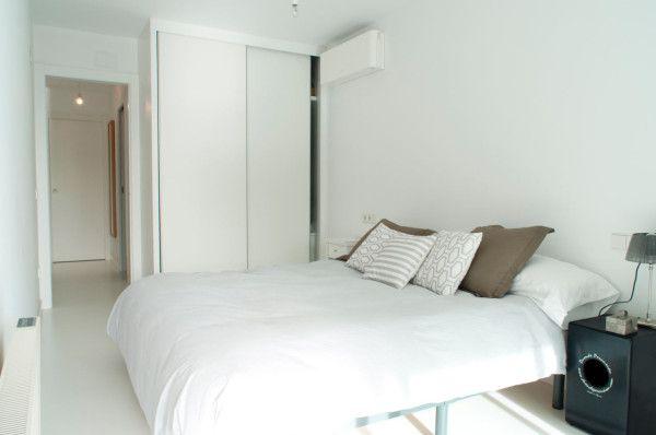 Apartment redesign by rh Studio