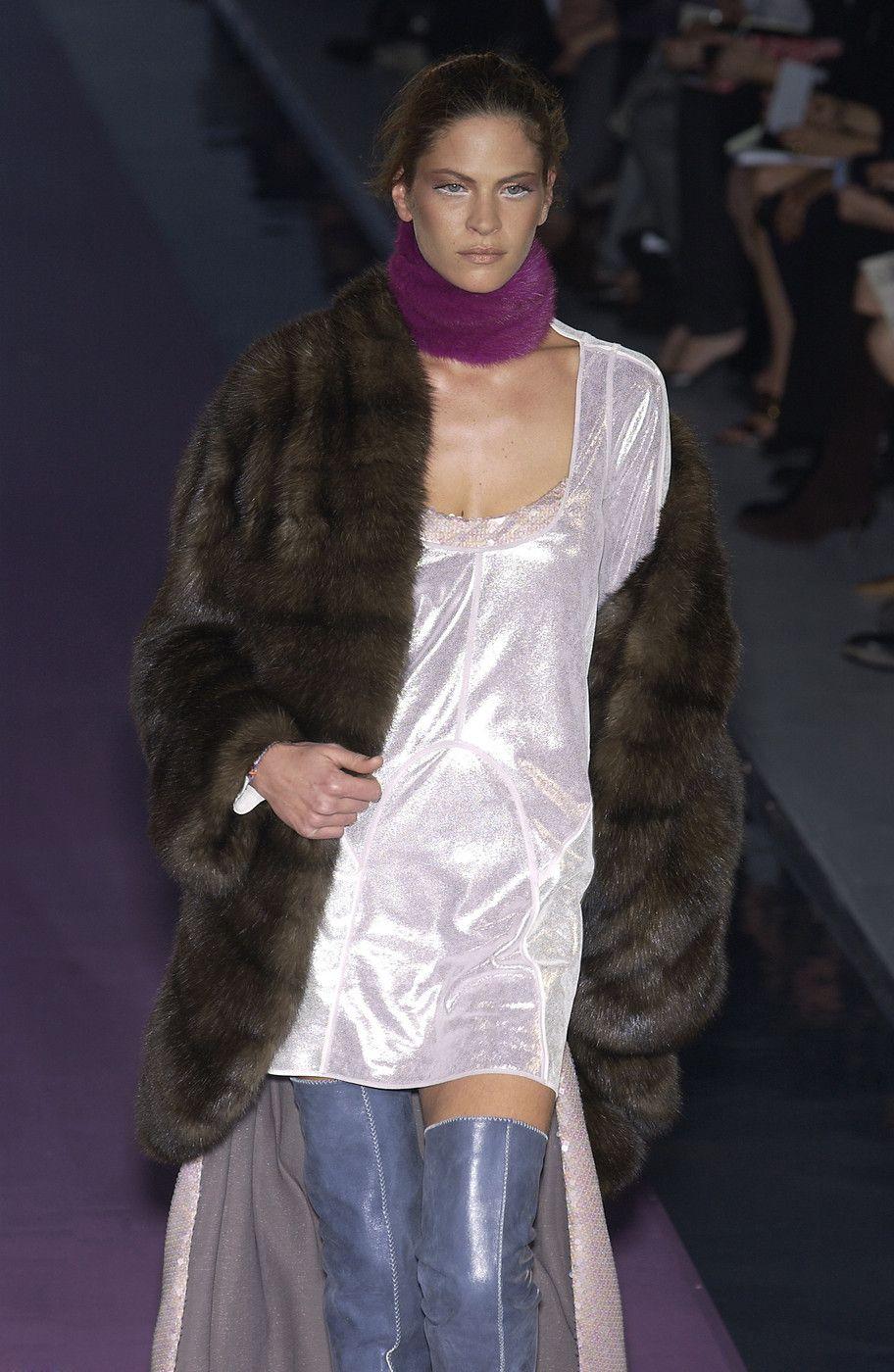 Fendi Fall 2003 Runway Pictures Fashion, Fendi, Milan