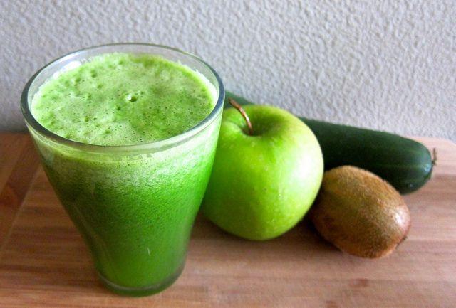 [Crazy Sexy Kitchen] Sweet Greens Juice  #vegan #glutenfree #recipes #kriscarr #CrazySexyKitchen #raw #greenjuice
