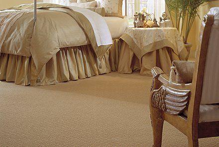 Monochrome. Mohawk's Classic Estate carpet. #SoDreamy #bedroom