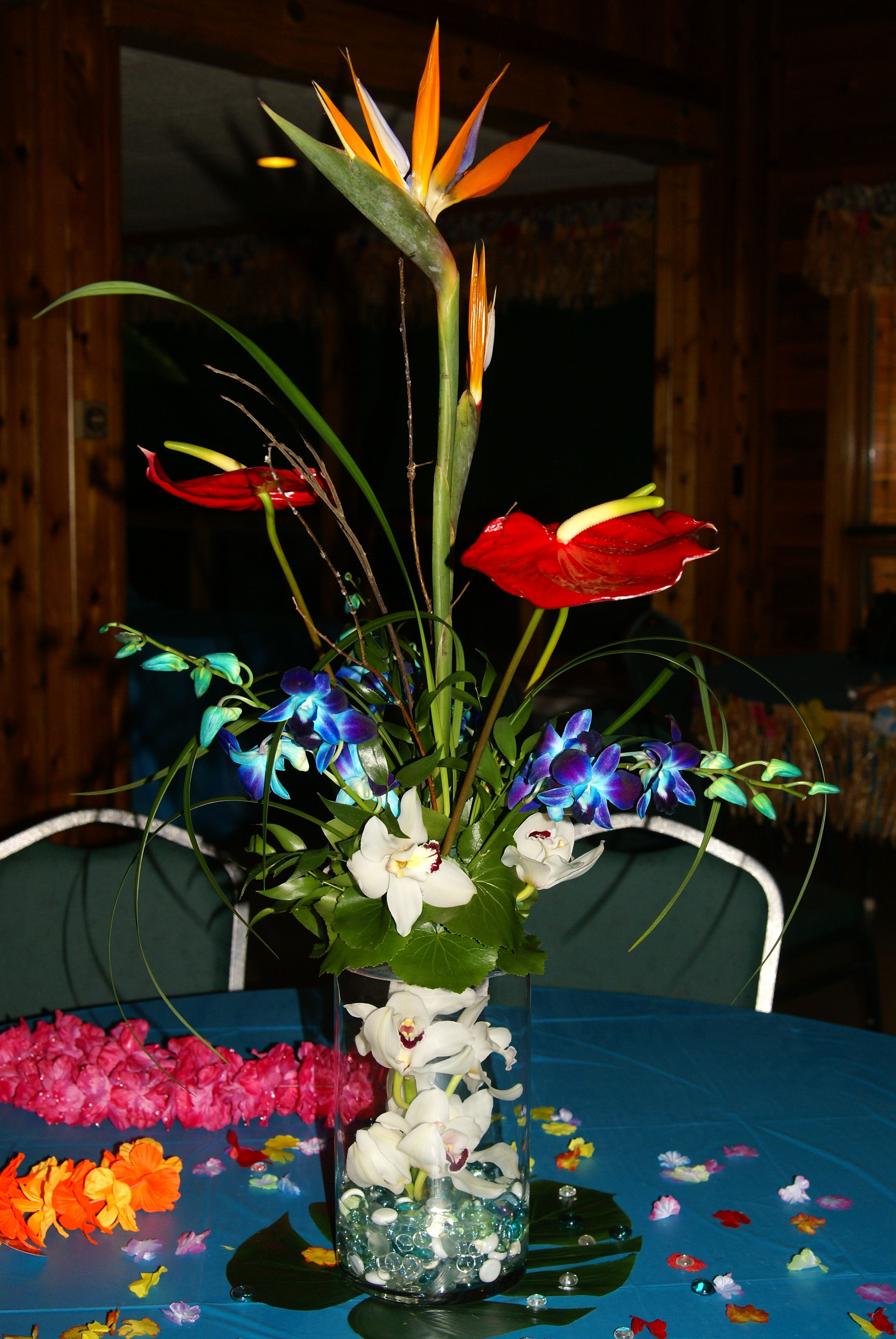A Tropical Centerpiece For Your Themed Party Cylinder Vase With