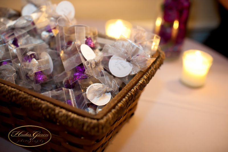 Wedding Favors Made With Tewel And Hershey Kisses