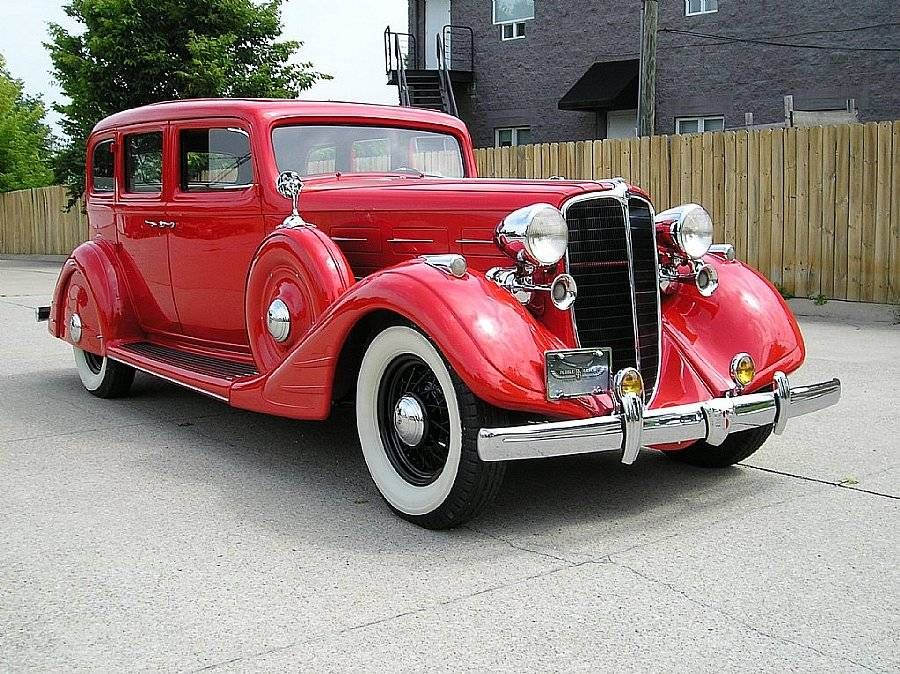 1934 Nash Ambassador 8 Sedan