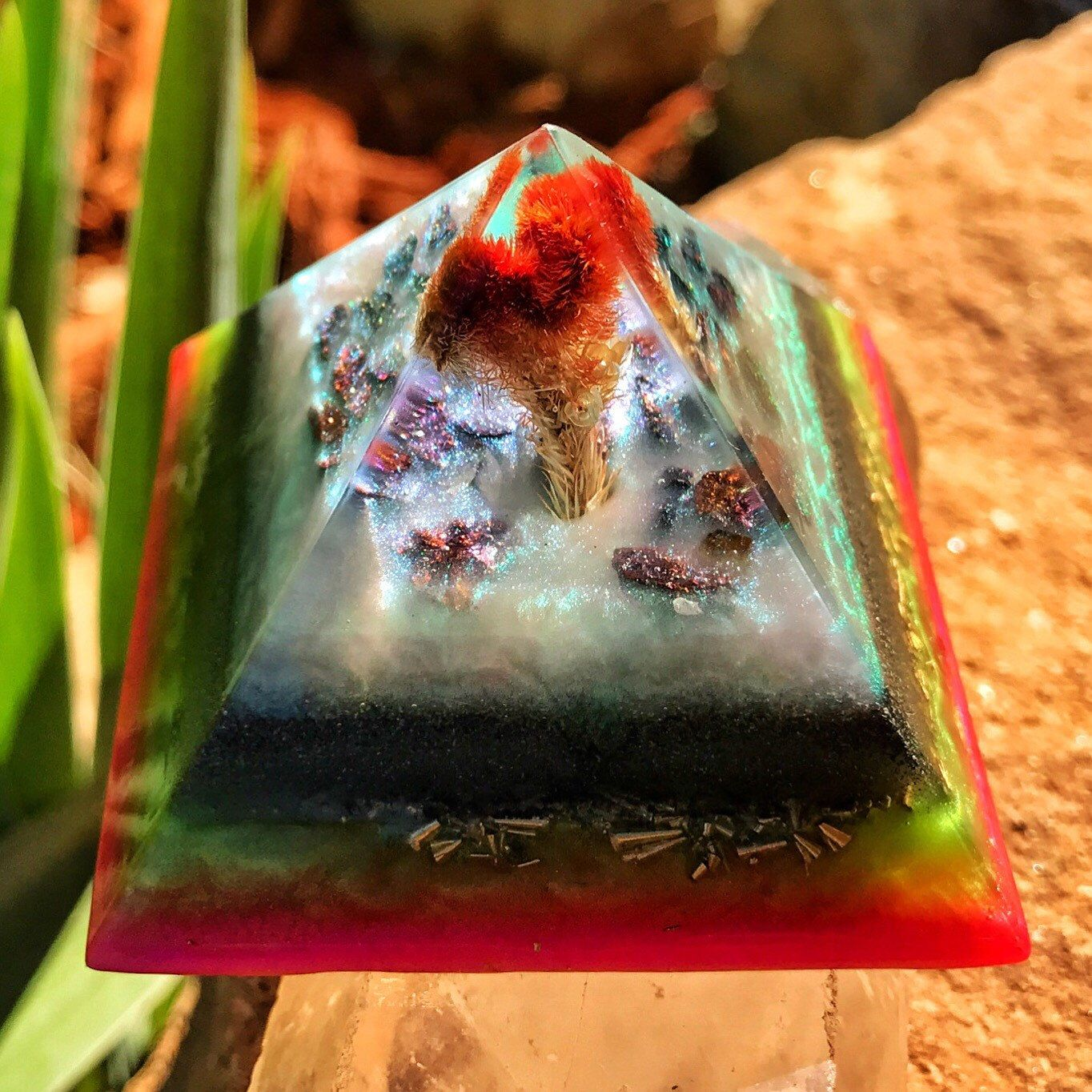 This new pyramid radiates the sweetest energy! I worked with it for the past month, keeping it in my work area, and have been overjoyed with the blessings it seems to be offering. I hope you enjoy it as much as I do 🌈💞🌈