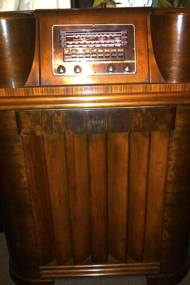 Sold 1941 Philco Radio Front Pulled
