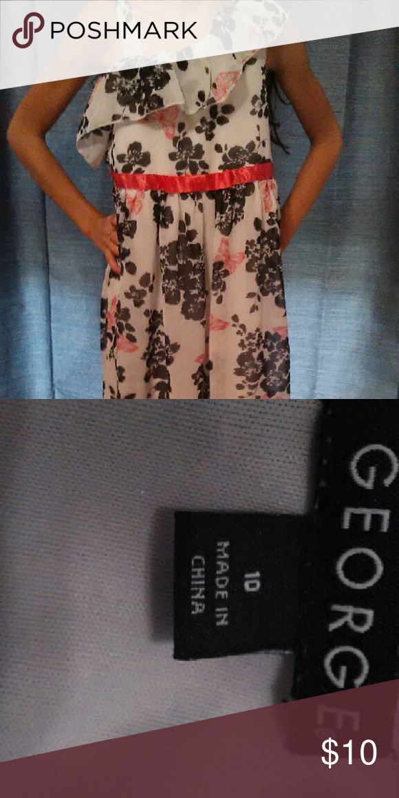 GEORGE Dress Floral print dress. Super cute and super comfy. Question or concerns, please ask! Happy poshing ? George Dresses Formal