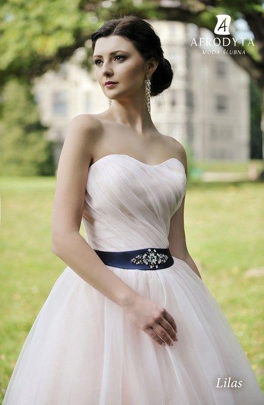 Najmodniejsze Suknie ślubne Tego Sezonu Trendy W Sukniach ślubnych