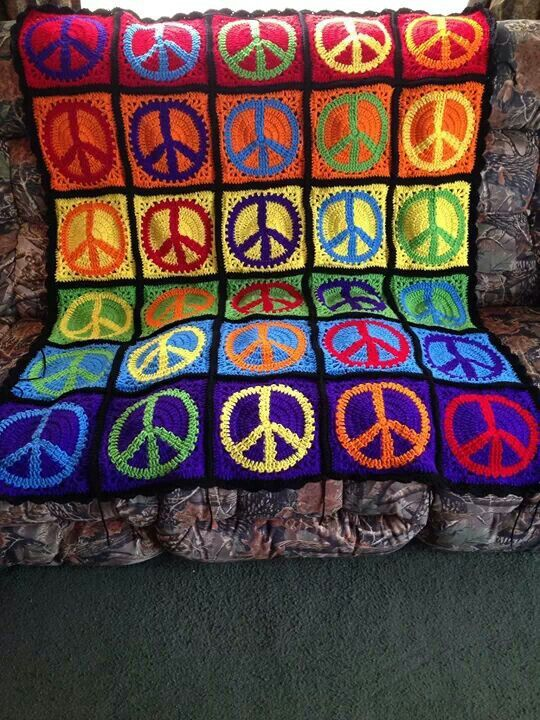 Colorful Peace Sign Afghan Knittingcrocheting Madness Pinterest