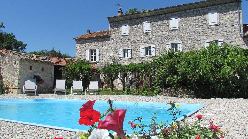 Abritel Location Maison De Caractère Pour 12 Personnes, Piscine Privée  Location Maison En Ardèche