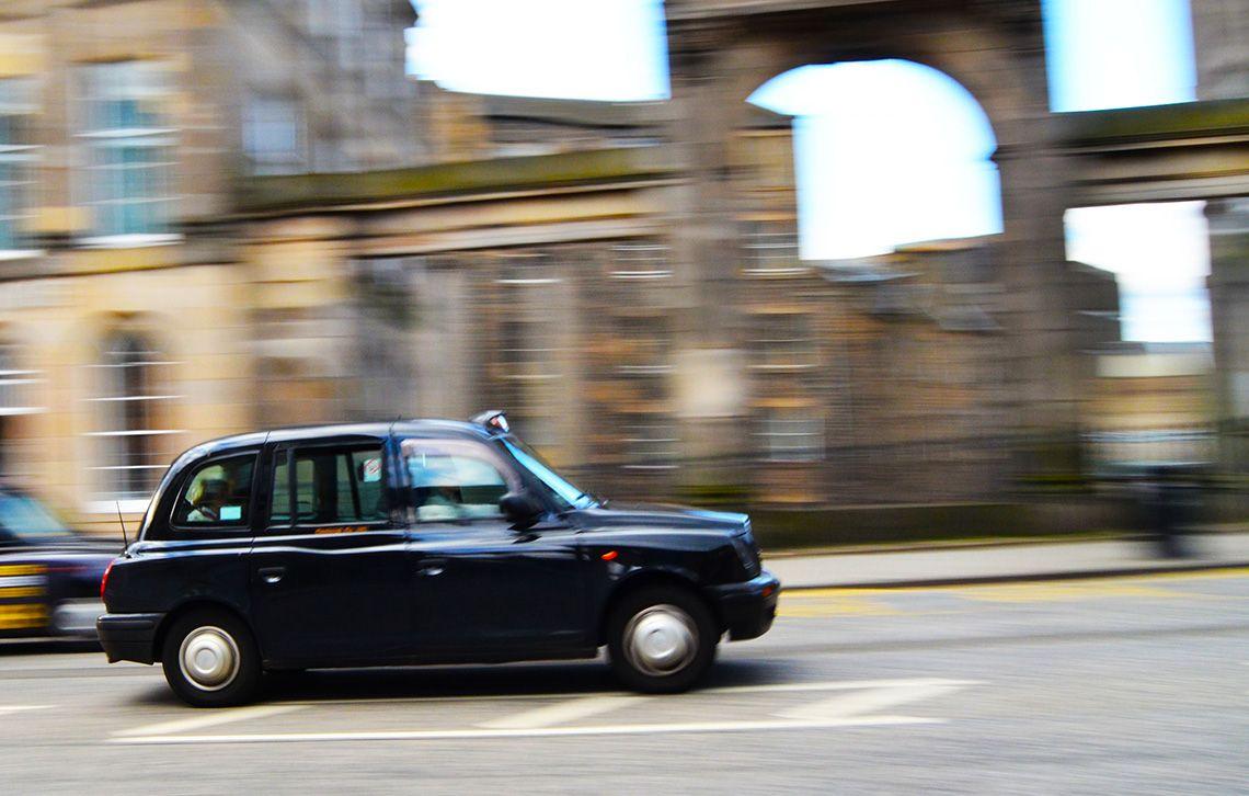 Taxi Edimburgo