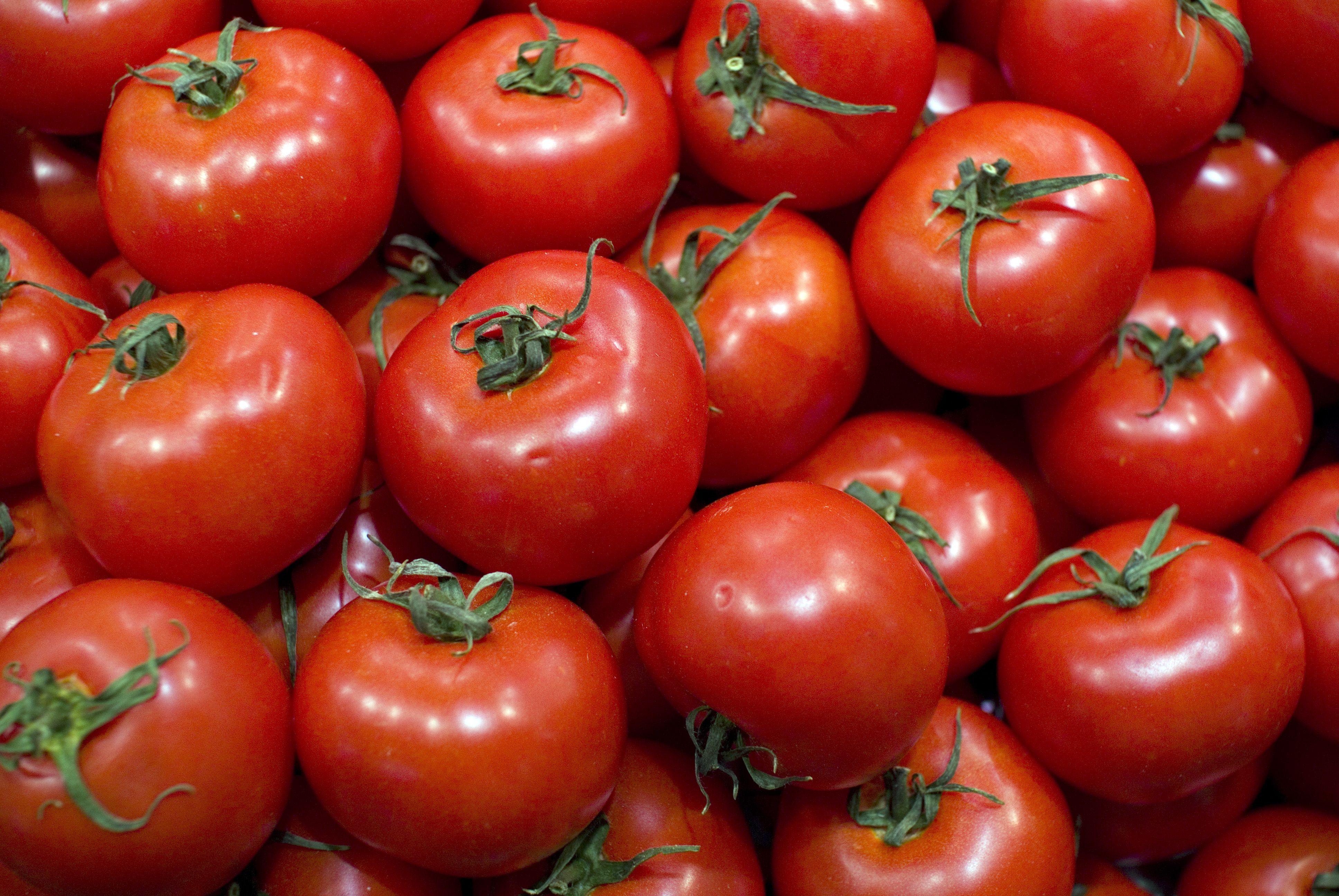 Importante robo de tomates en Carabaña
