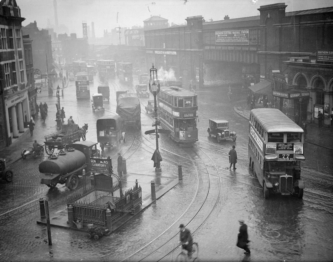 Historic London When trams and trolleybuses ruled the