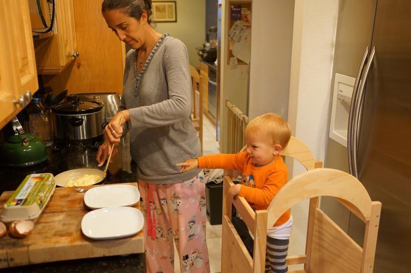 Pedagogía Montessori Para Niños De Entre 6 Y 12 Meses Montessori Pedagogia Montessori En Casa