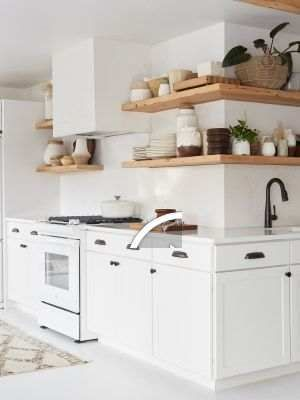 6 Small Galley Kitchen Ideas That Are Straight Up Great These small galley kitchens prove that long and narrow can be as cool as open-concept. #opengalleykitchen 6 Small Galley Kitchen Ideas That Are Straight Up Great These small galley kitchens prove that long and narrow can be as cool as open-concept. #opengalleykitchen 6 Small Galley Kitchen Ideas That Are Straight Up Great These small galley kitchens prove that long and narrow can be as cool as open-concept. #opengalleykitchen 6 Small Galley #opengalleykitchen