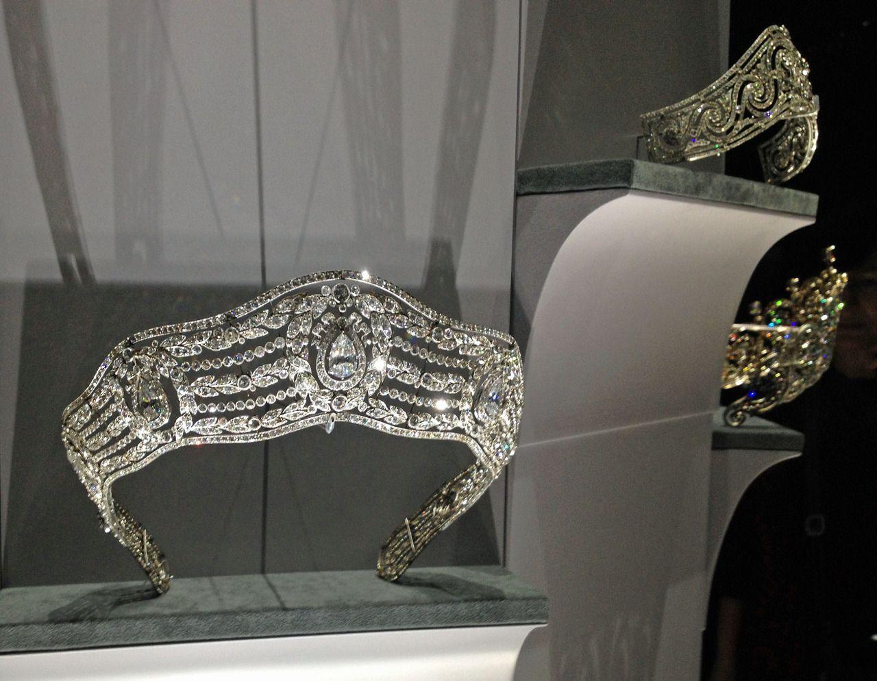 'Cartier: Le Style et L'Histoire', exhibition at the Grand Palais, Paris (2014).
