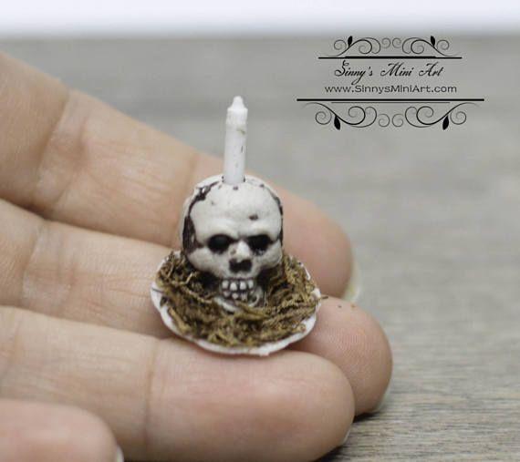 Skull Candle DOLLS HOUSE miniature Miniature Skull