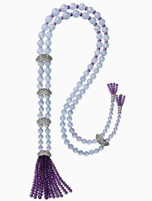 Étourdissant Cartier. Violine Long necklace/Back necklace – Platinum, chalcedonies, amethysts, diamonds.