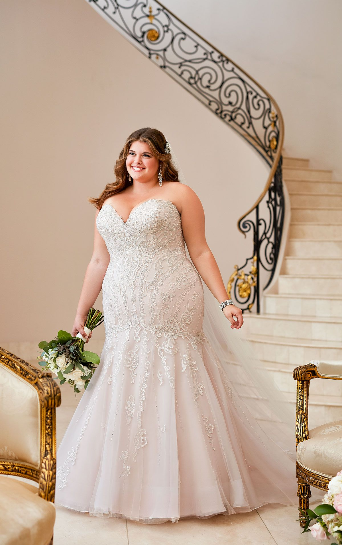 Mermaid Wedding Dress With Glamorous Lace Wedding Dress Trends Plus Wedding Dresses Plus Size Wedding Gowns [ 1914 x 1200 Pixel ]