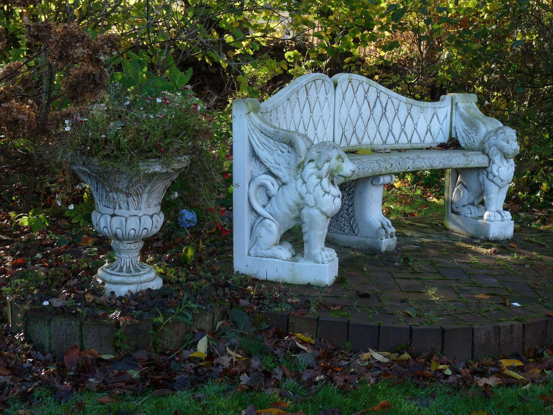 Weisse Gartenbank Banke Garden And Patio Jardin Patio Garden Patio Outdoor Decor
