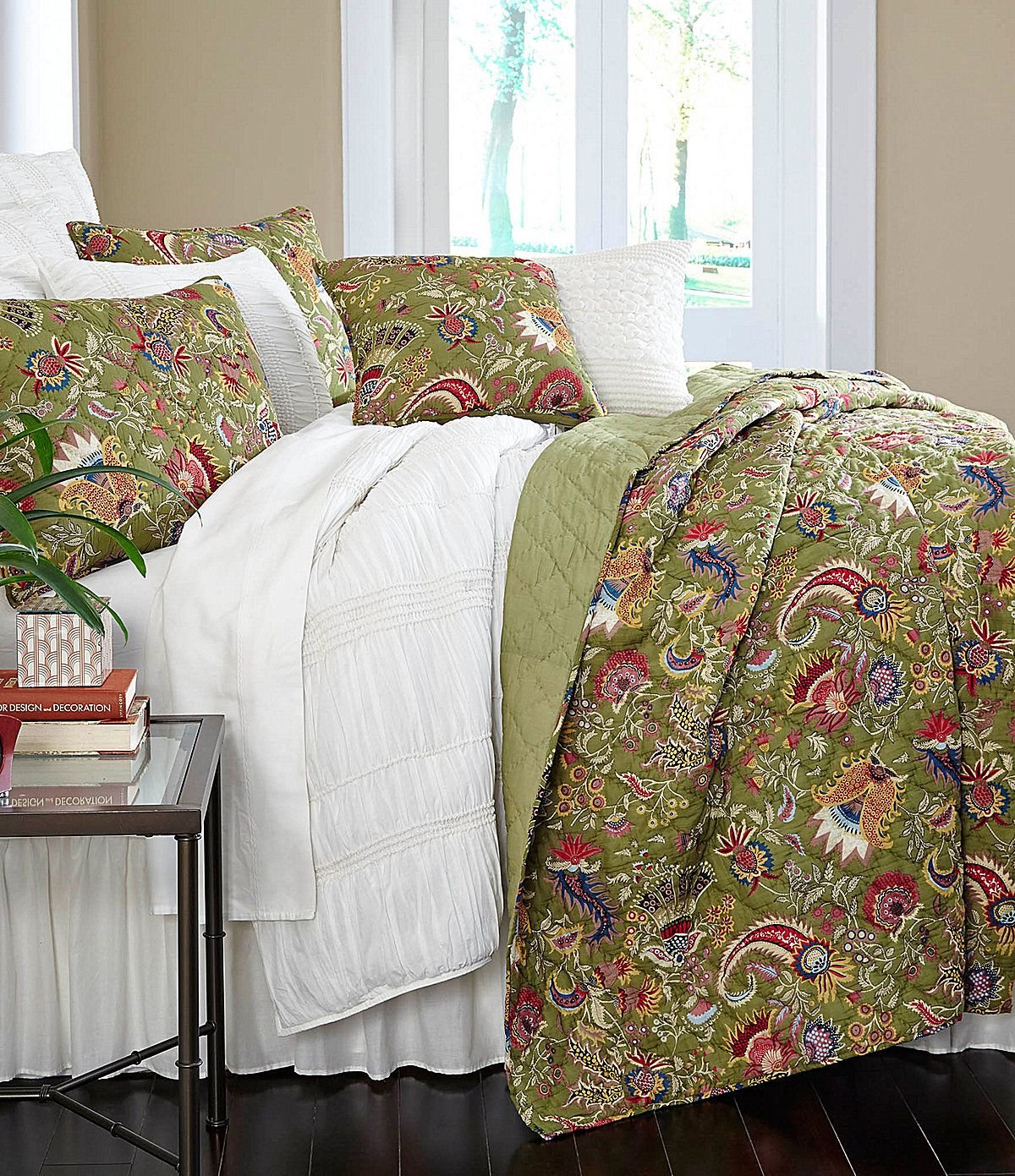 Studio D Topango Quilt Mini Set Bedroom