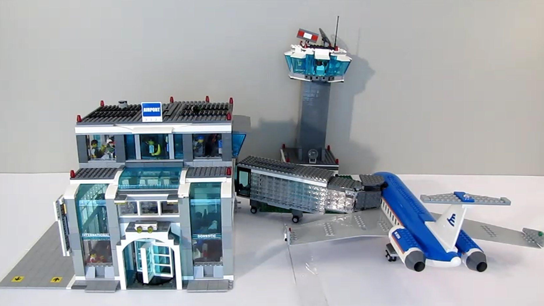 Custom Modular Airport Terminal Moc In 2020 Lego Airport Airport Lego City