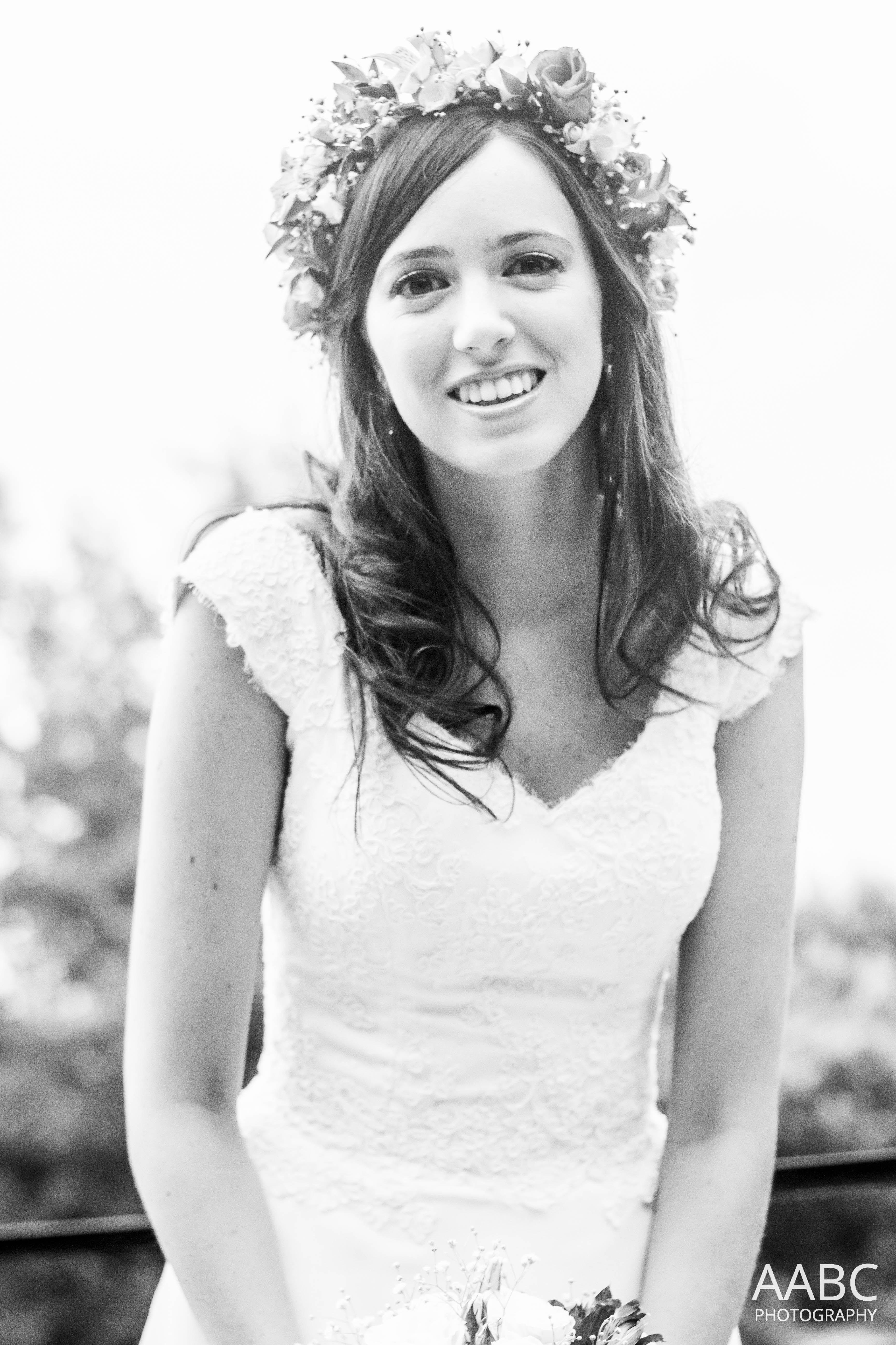Bride hairstyle - Flower crown | My Wedding | Pinterest | Flower ...