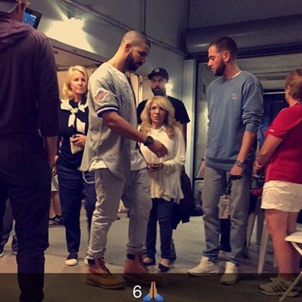 b88f1b998d6 I gotta admit that Mama G's height is SOOO cute! Drake and Gelo are so tall  it's like they are hiding her! ✨ Drake's outfits is OTP as well!