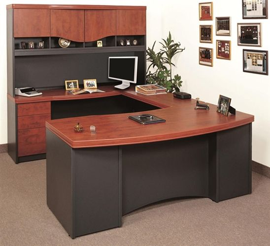 Merveilleux Wood Finishing Top U Shape Desk With Drawers And Cabinets Minimalits Flat  Screen Computer Set Several Frames As Wall Decorations
