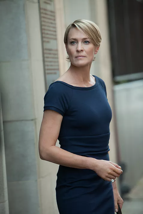 What Claire Underwood S Sheath Dresses Tell Us About Leadership Robin Wright Claire Underwood Robin Wright Haircut
