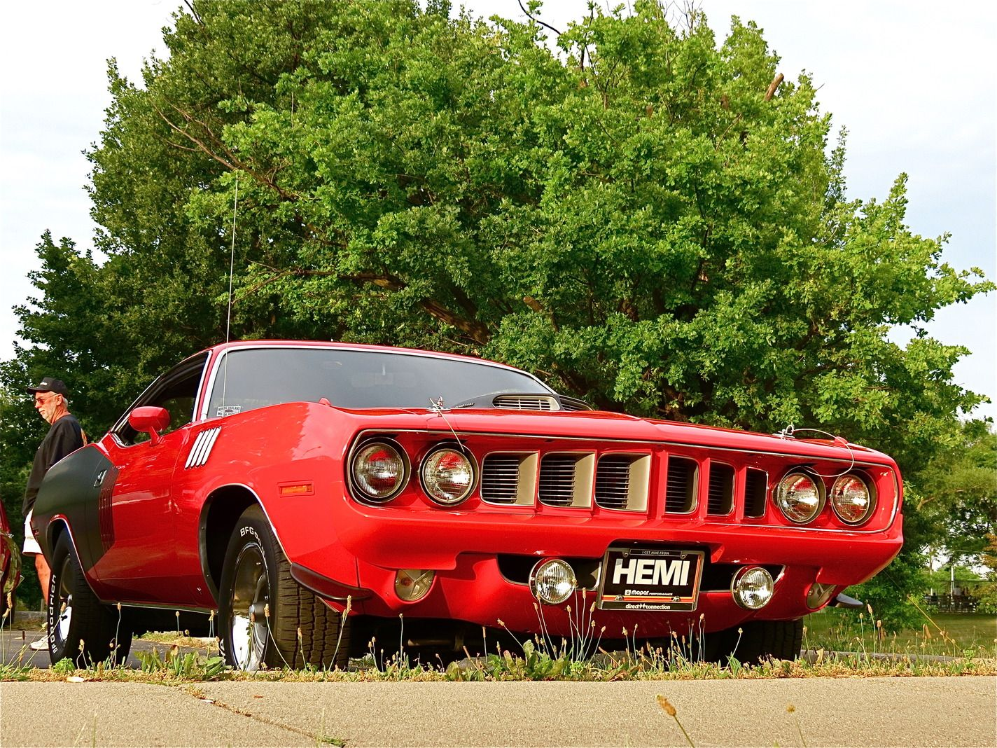 Most Badass Muscle Cars | Spotted! \'71 Plymouth Hemi \'Cuda, Woodward ...