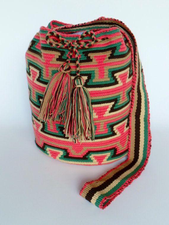 WAYUU+SHOULDER+Hobo+BEACH+Bag+Mochila+by+ArtiSanStyLeHanDs+on+Etsy,+$76.00