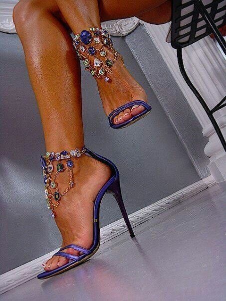 Sexy shoes I love! :)