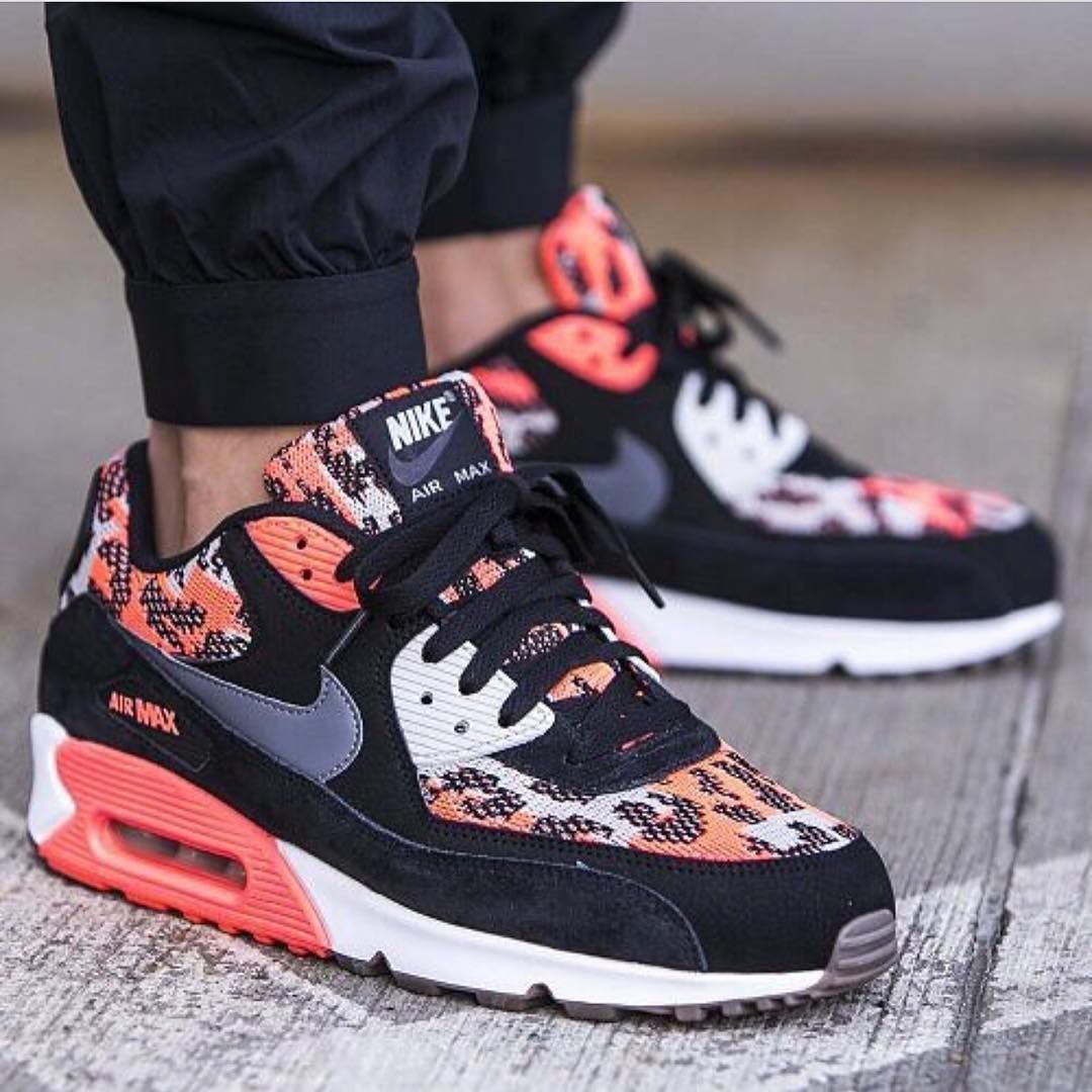cama mero regla  NIKE AIR MAX 90 PA HOT LAVA https://tumblr.com/ZWjKhc2QAtidb | Nike air  shoes, Custom nike shoes, Nike shoes outlet