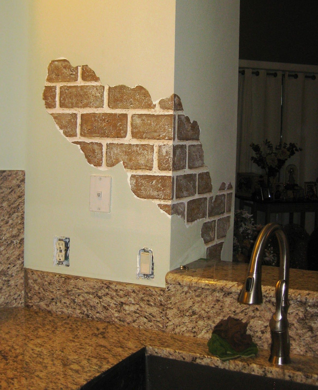 Painted Kitchen Ideas For Walls: Hand Painted Faux Bricks Bring The Beauty Of Old World