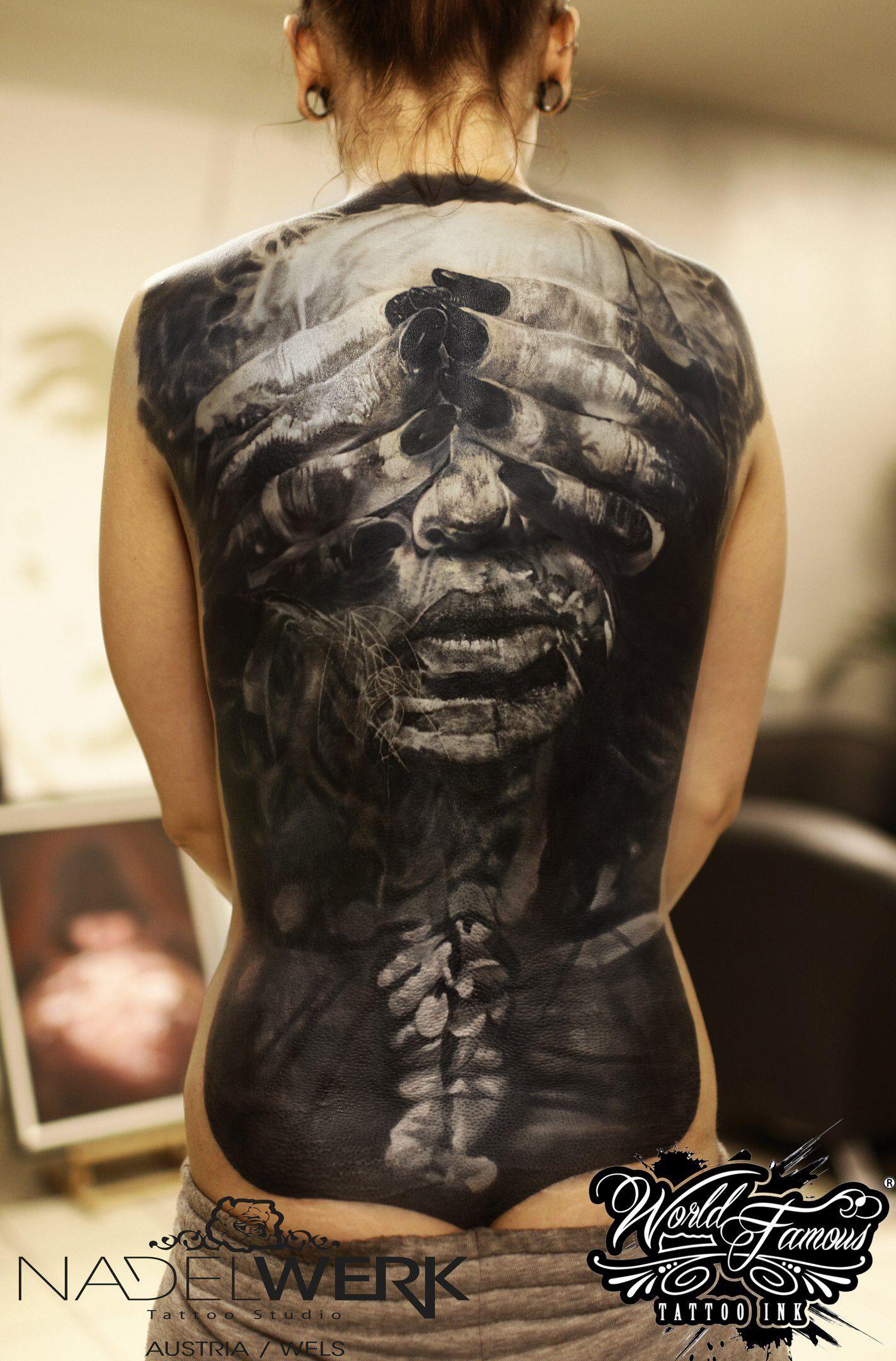 Tattoo Ideen Rücken : pin von chris wilson auf good tats t towiertinte k rper tattoos und beeindruckende tattoos ~ Watch28wear.com Haus und Dekorationen