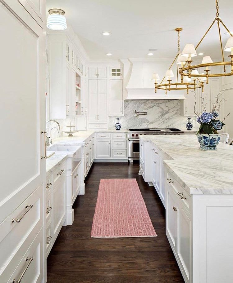 White Kitchen Chandeliers Kitchen Design Home Kitchens